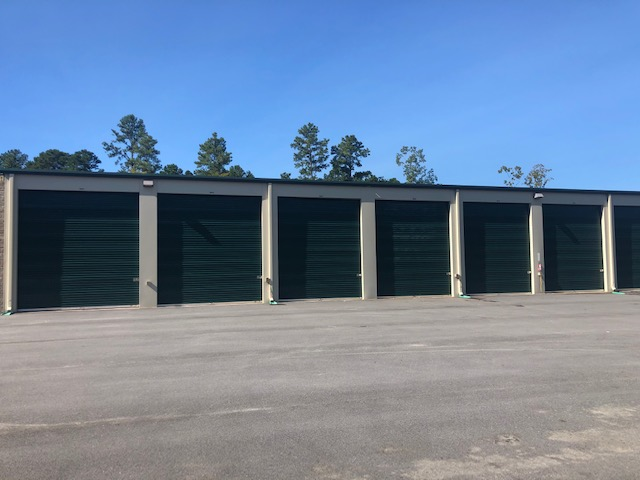 Harris lake self storage units